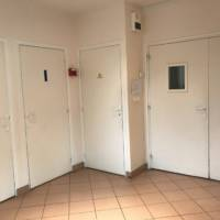 Location salle toilettes img-0856